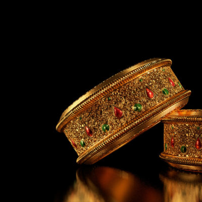 Importance of Bangle for women to wear